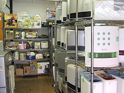 リサイクルショップ店内(家電製品)